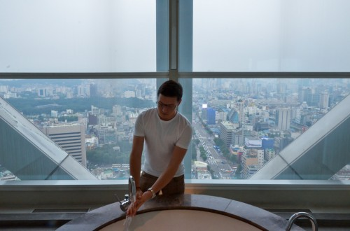 Erik Winther hand wash in Seoul